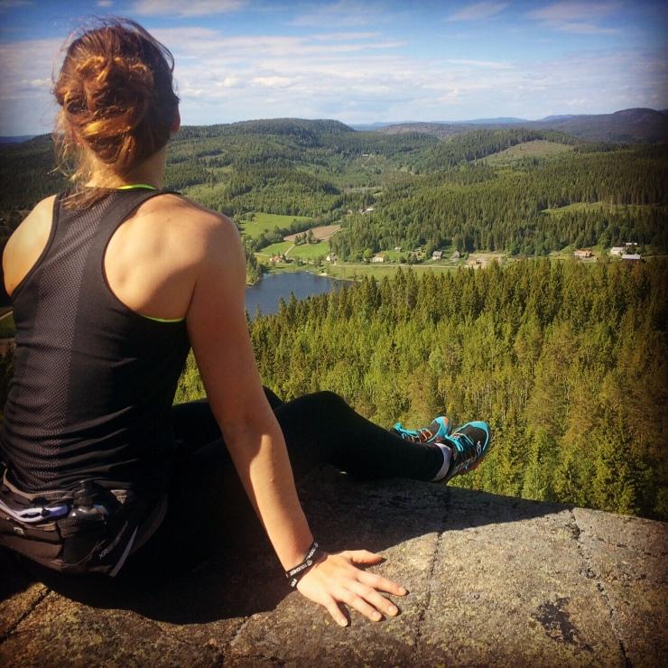Kroppen är cool - man kan tex klättra upp på ett berg och njuta av fantastiska utsikter ett berg och njuta av fantastiska utsikter - lika nyttigt för kroppen som för huvudet.
